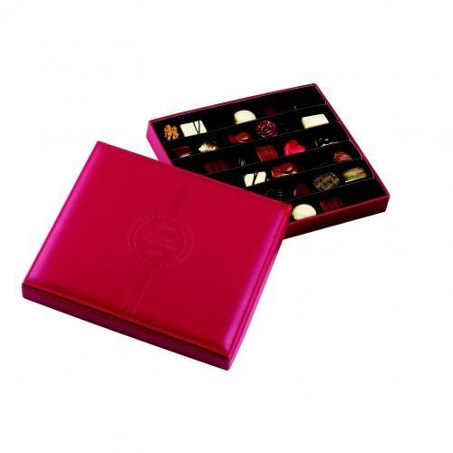 Boîte cuir rouge garnie 36 chocolats assortis  sans alcool -